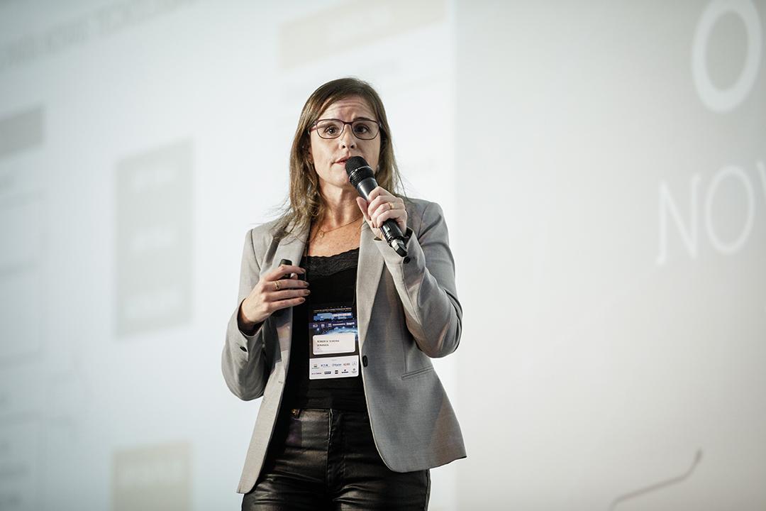 Roberta Teixeira- Iconic